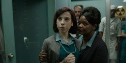 "REVIEW: ""The Shape of Water"""