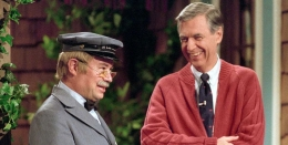 """REVIEW: """"Won't You Be MyNeighbor"""""""
